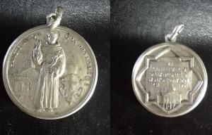 Medaglietta votiva coniata nel 1931, commemorativa del VII centenario della morte di S. Antonio di Padova