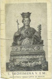 Un'immaginetta raffigurante Santa Trofimena